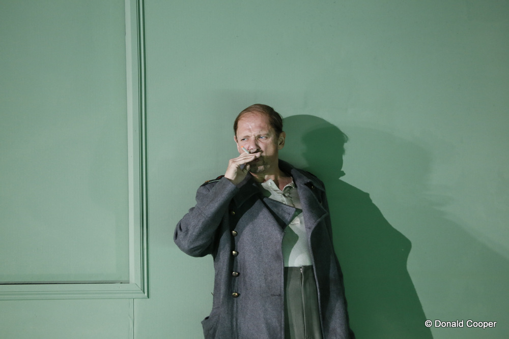Wyn Pencarreg as Sourin in The Queen of Spades at English National Opera