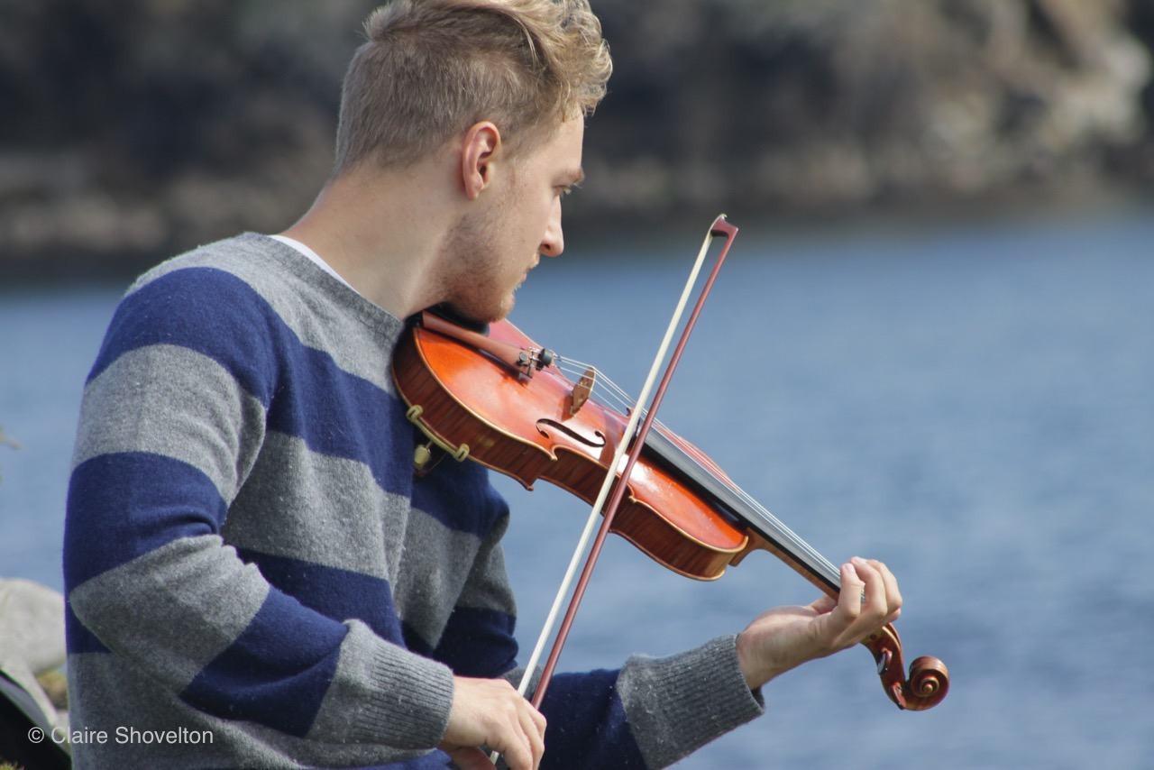 Violinist Daniel Pioro joins Owen White Management